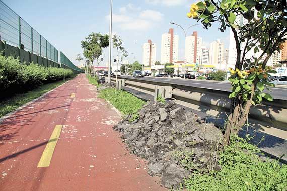 CICLOVIA DA RADIAL – Interrupção deixa ciclistas vulneráveis
