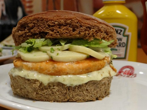 Hambúrgueres: uma das especialidades da casa