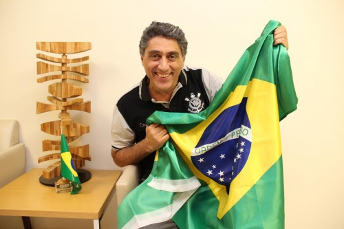 Carlos se recorda da primeira transmissão ao vivo pela tevê, na Copa de 1970