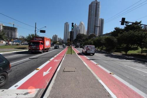 Ciclofaixa na Avenida Abel Ferreira