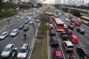 Corredores – SPObras mantém equipe para dar informações sobre desapropriações