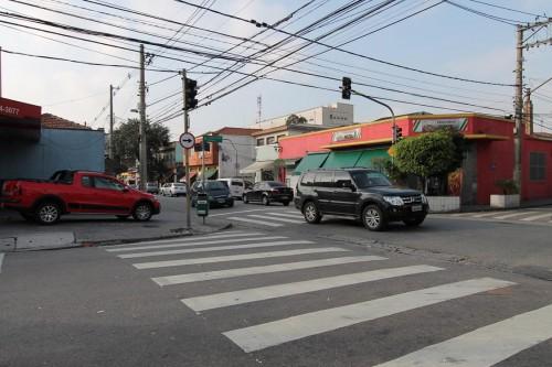 TATUAPÉ: Moradores cobram conselhos para tirar crianças das ruas