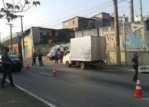 TATUAPÉ – PM faz apreensões em bloqueios