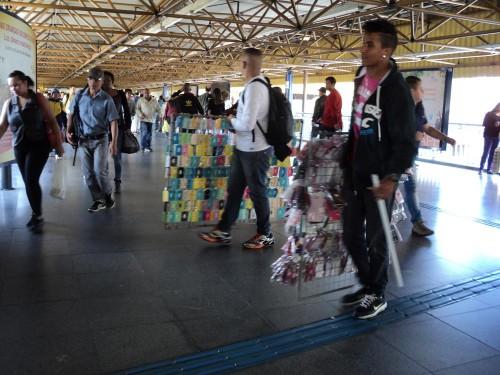 Para praticar o comércio ambulante é necessário ter o Termo de Permissão de Uso, documento que é expedido pelas subprefeituras