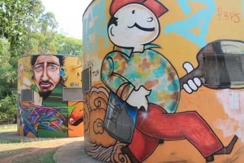 O colorido é encontrado no Parque Linear Tiquatira, no local onde ficam os sanitários