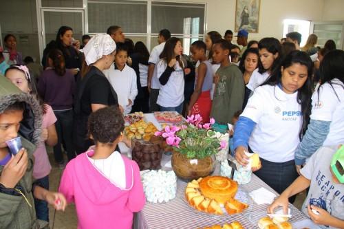 """O projeto """"Transformando Comunidades"""" visa fortalecer o envolvimento da empresa com a comunidade local"""