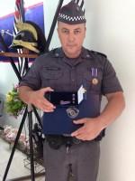 Policial da Penha é homenageado com a mais alta condecoração concedida pela corporação