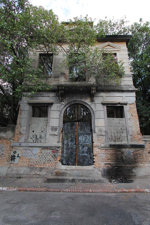 O que foi erguido era uma autêntica miniatura de cidade europeia dentro da capital paulista