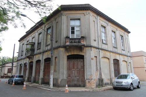 Vila continua sem nenhum tipo de restauro