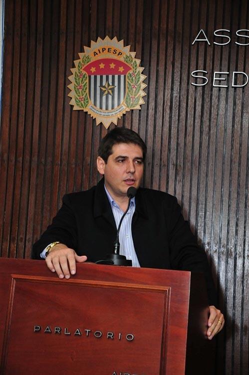 DROGAS EM ESCOLAS – Denarc promove palestras