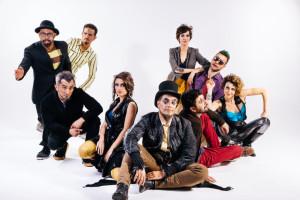 O Teatro Mágico lança CD