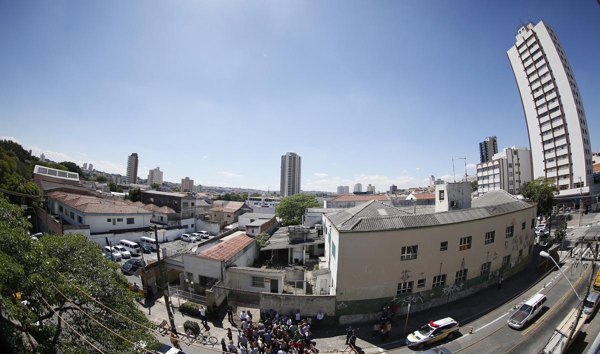 Hospital de V. Carrão: obras estão emperradas