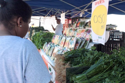 A Feira Bom Preço do Agricultor acontece todas as quartas, das 6 às 13 horas