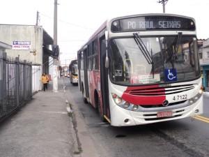 OBRAS EM CORREDOR – Trânsito muda em Itaquera