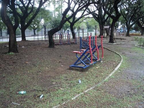 Promessas de junho, de dar continuidade aos projetos, não foram cumpridas pela Prefeitura