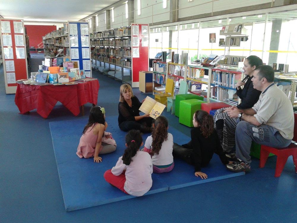 ARICANDUVA – Biblioteca oferece oficinas