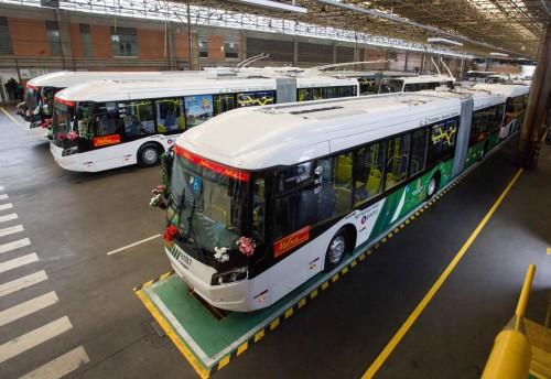 Corredor São Mateus ganha dez ônibus elétricos