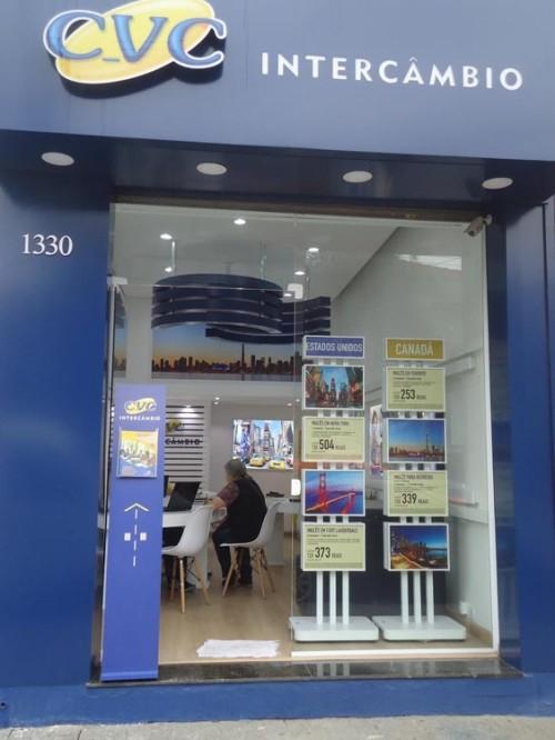 A  Loja CVC de Intercâmbios está localizada na Rua Itapura, 1.330, no Tatuapé