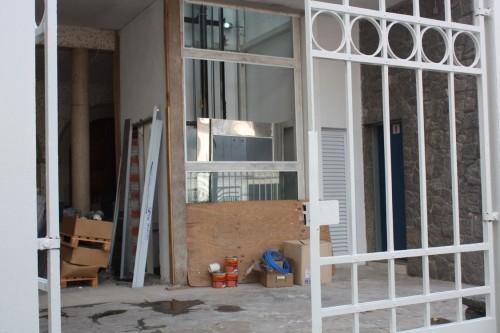 Elevador segue em construção e previsão para começar a funcionar é dezembro