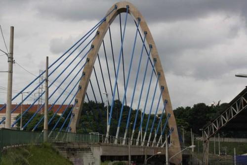Luzes Cênicas – Ponte Estaiada do Tatuapé  vira alvo de vândalos e ladrões
