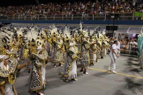 Ala mostra como os componentes estavam integrados com o samba e o desfile