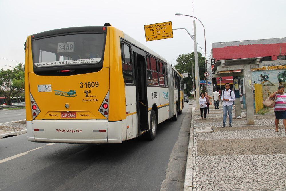 Corredores: Motoristas continuam sendo multados