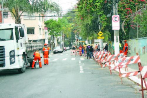 Estudo será feito pela CET na Rua Jarinu para mudança de mão