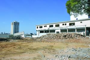 Linha 2-Verde do Metrô: imóveis começam a ser demolidos na Vila Carrão