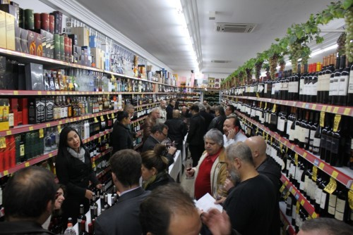 Wine Night:  Mega Adega Kanguru realiza mais um evento