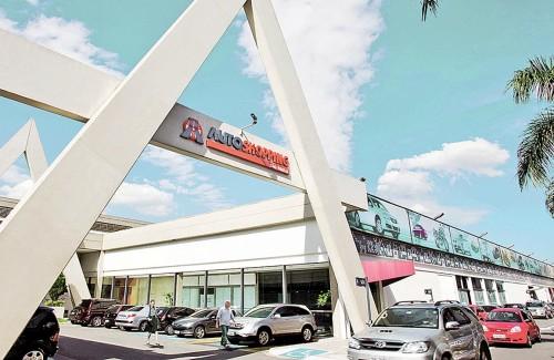 Instalado em 1998, o Auto Shopping Aricanduva foi o primeiro shopping center automotivo da América do Sul